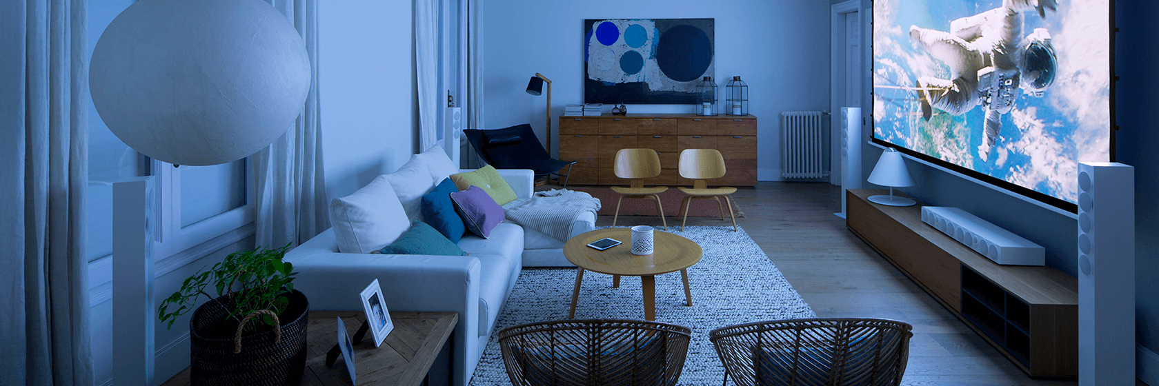 Incorporate the new technologies at home | The Room Studio